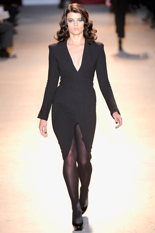 "Paris Fashion Week Fall 2011: ""Zac Posen"""