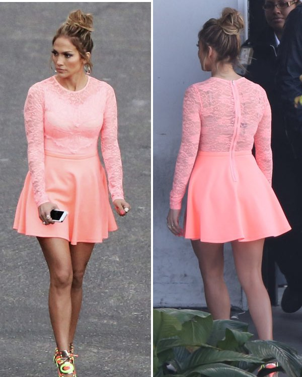 jennifer-lopez-gtl-fashion-ftr